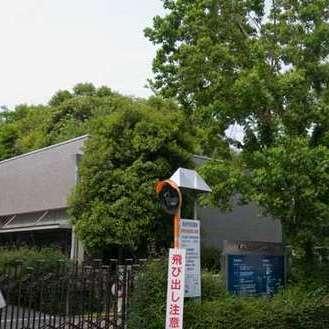 藤沢市総合市民図書館
