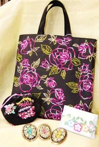 フランス刺繍のバッグ・小物